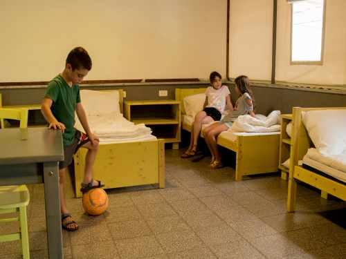 חדרי צוות פארק הירדן, צילום רוני אלוש, מאי 2021 (7)